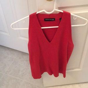 Valerie Stevens sleeveless sweater